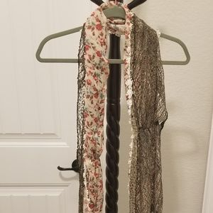 Accessories - Floral mixed material scarf